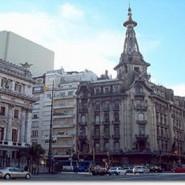 Macri propone expropiar la confitería El Molino