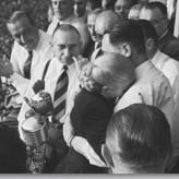 Aquí el Pueblo lloró a Eva Perón