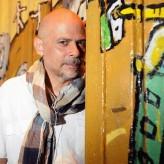 """En """"No sólo murga"""" Ariel Prat vuelca todo su ADN musical y estético"""