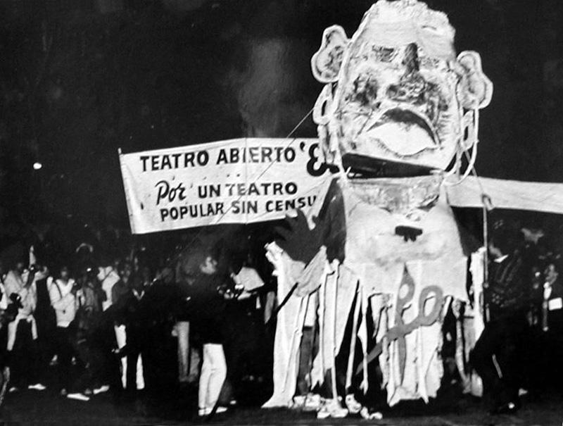 Teatro Abierto, una experiencia única y colectiva como reacción a la  dictadura militar -