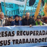 Trabajadores de La Litoraleña y La Casona marcharon en defensa de sus cooperativas